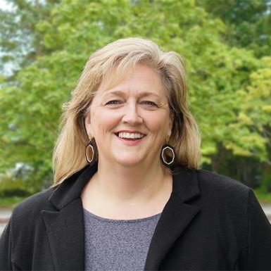 Wendy McDermott 385x385